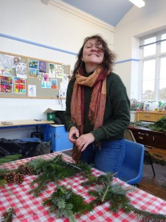 wreath making 018 001